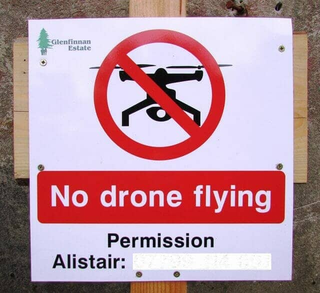 no drone flying sign