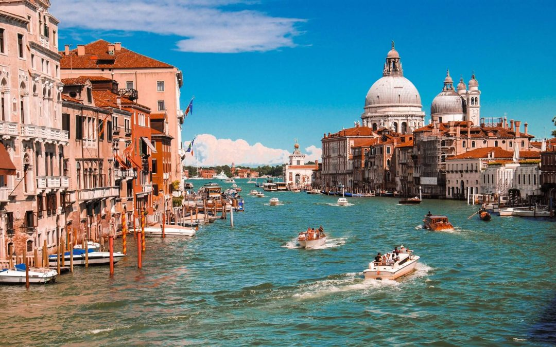 Should you carry your passport with you in Italy?