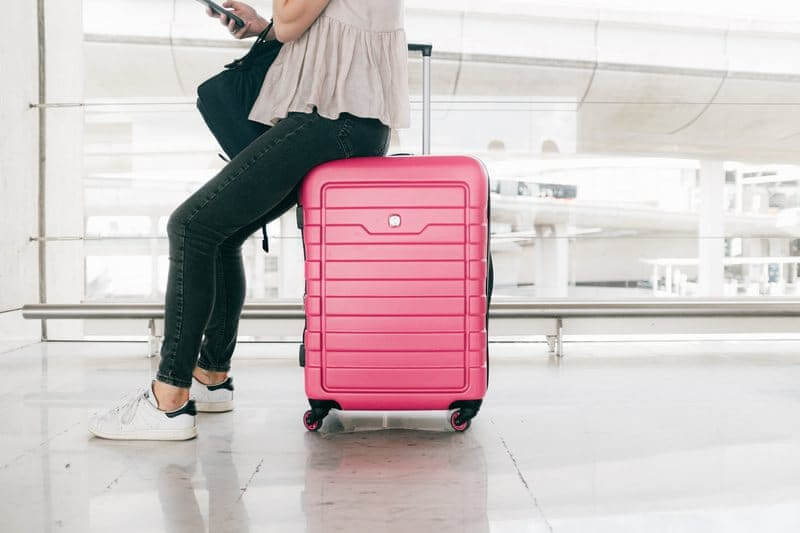 How to Clean Luggage (Step-by-Step Guide)